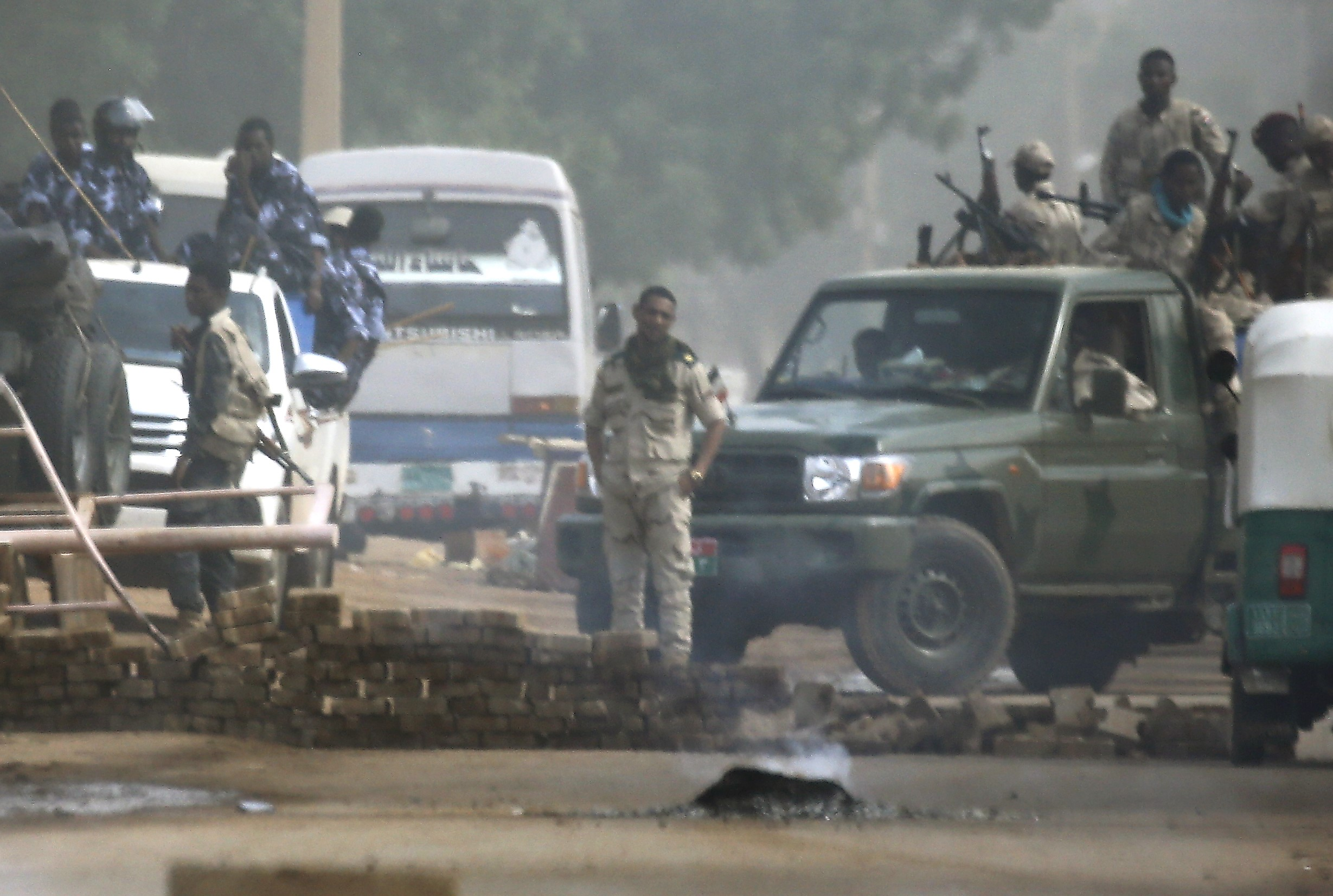 Sudanese forces are deployed around Khartoum's army headquarters on 3 June (AFP)