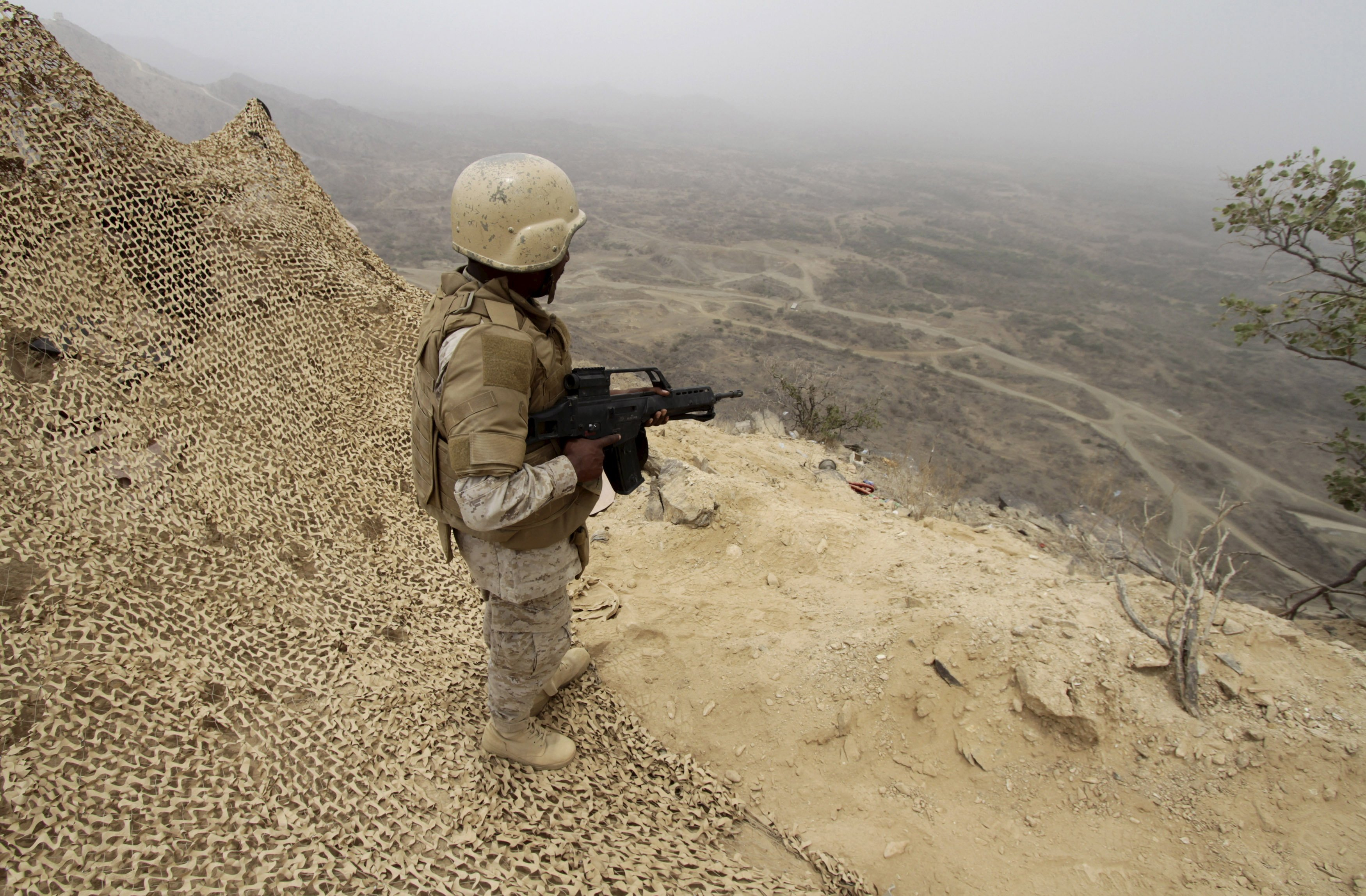A Saudi soldier takes up a position at the Saudi border with Yemen (Reuters)