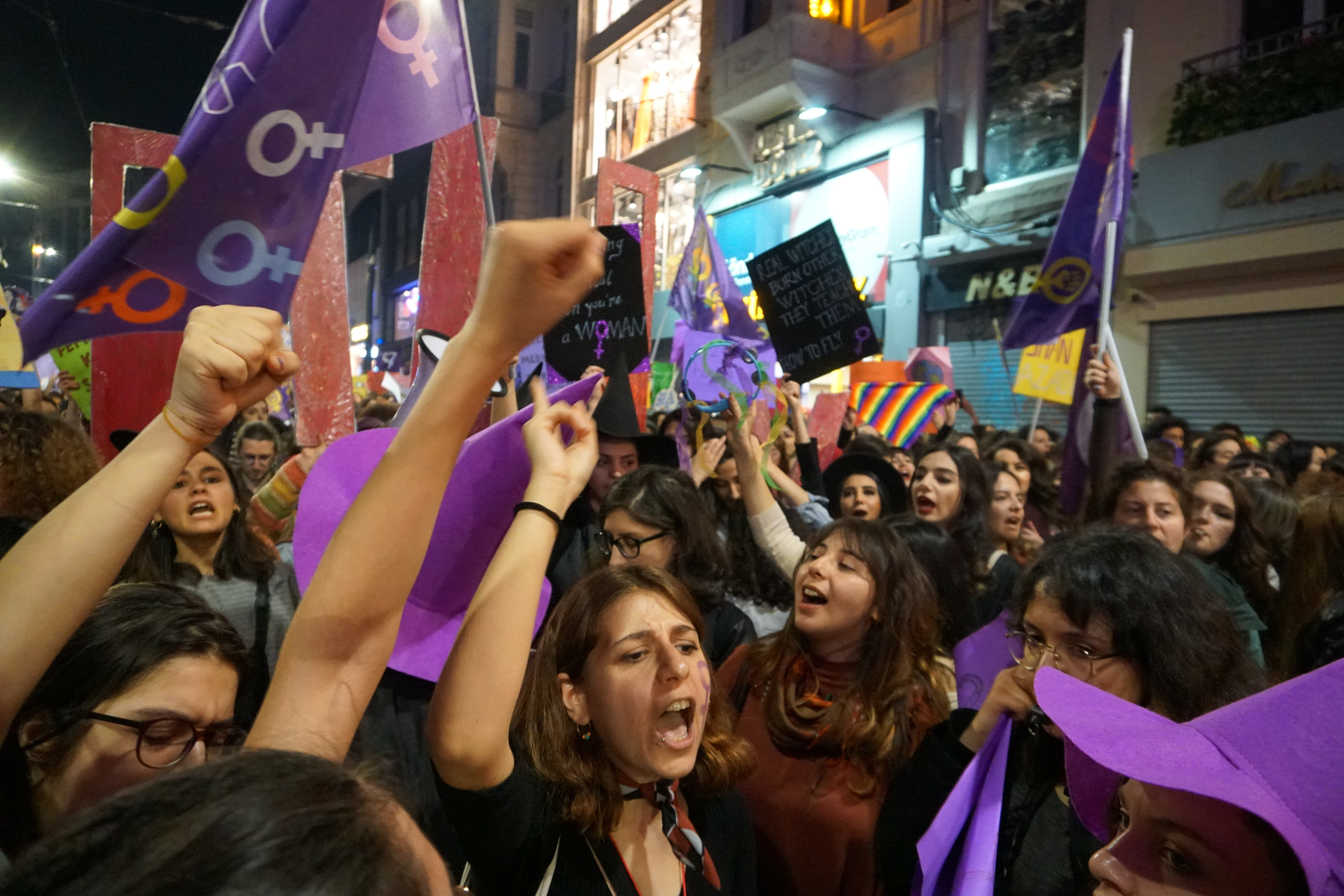 Women march on International Women's Day in Istanbul (MEE/Nimet Kirac)