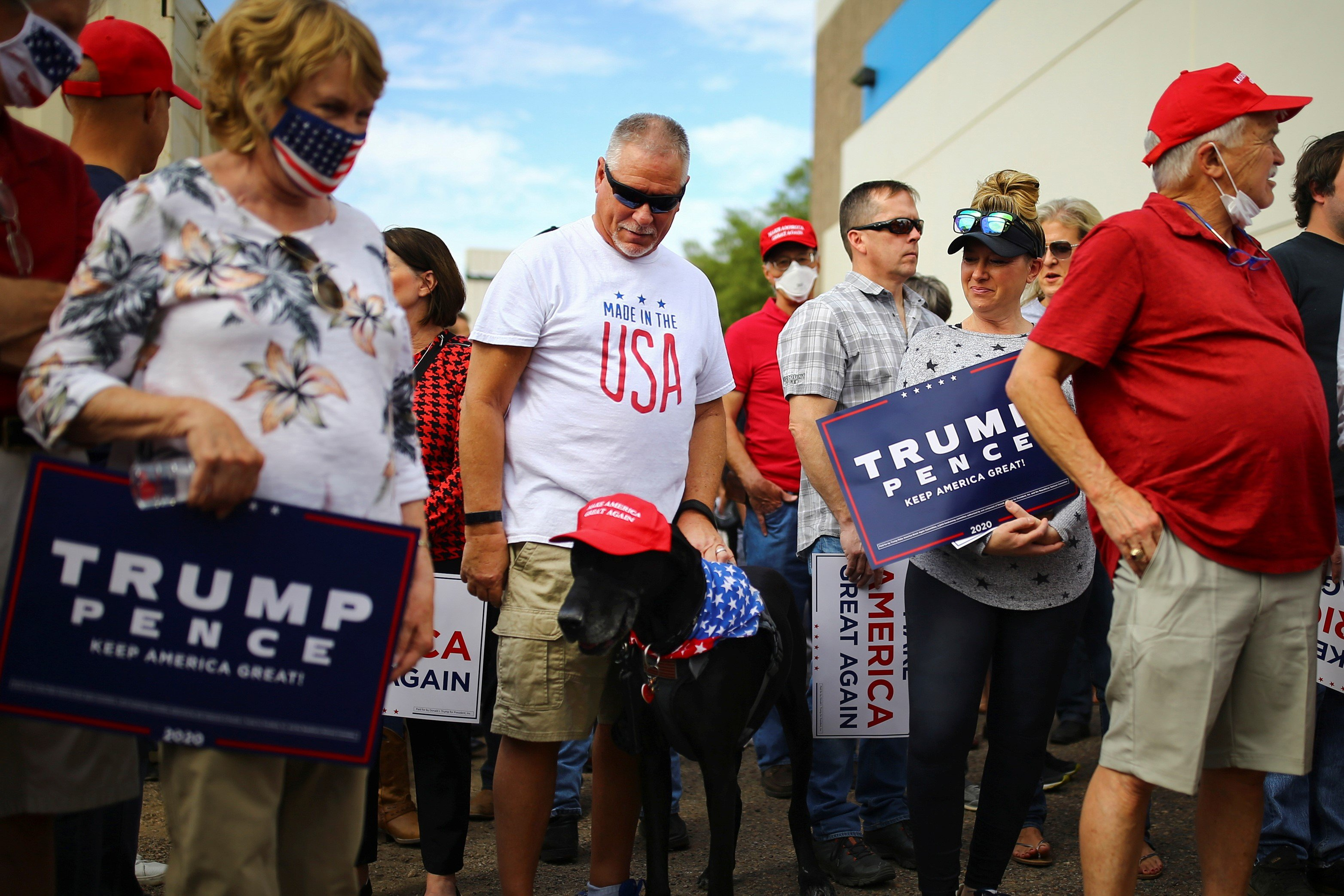 Supporters arrive to take part in a campaign rally from Donald Trump Jr for U.S. President Donald Trump ahead of Election Day in Scottsdale, Arizona, U.S., November 2, 2020