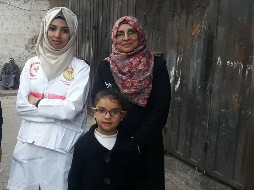 Razan Najjar and her mother, Sabreen, in Gaza (courtesy of Sabreen al-Najjar)