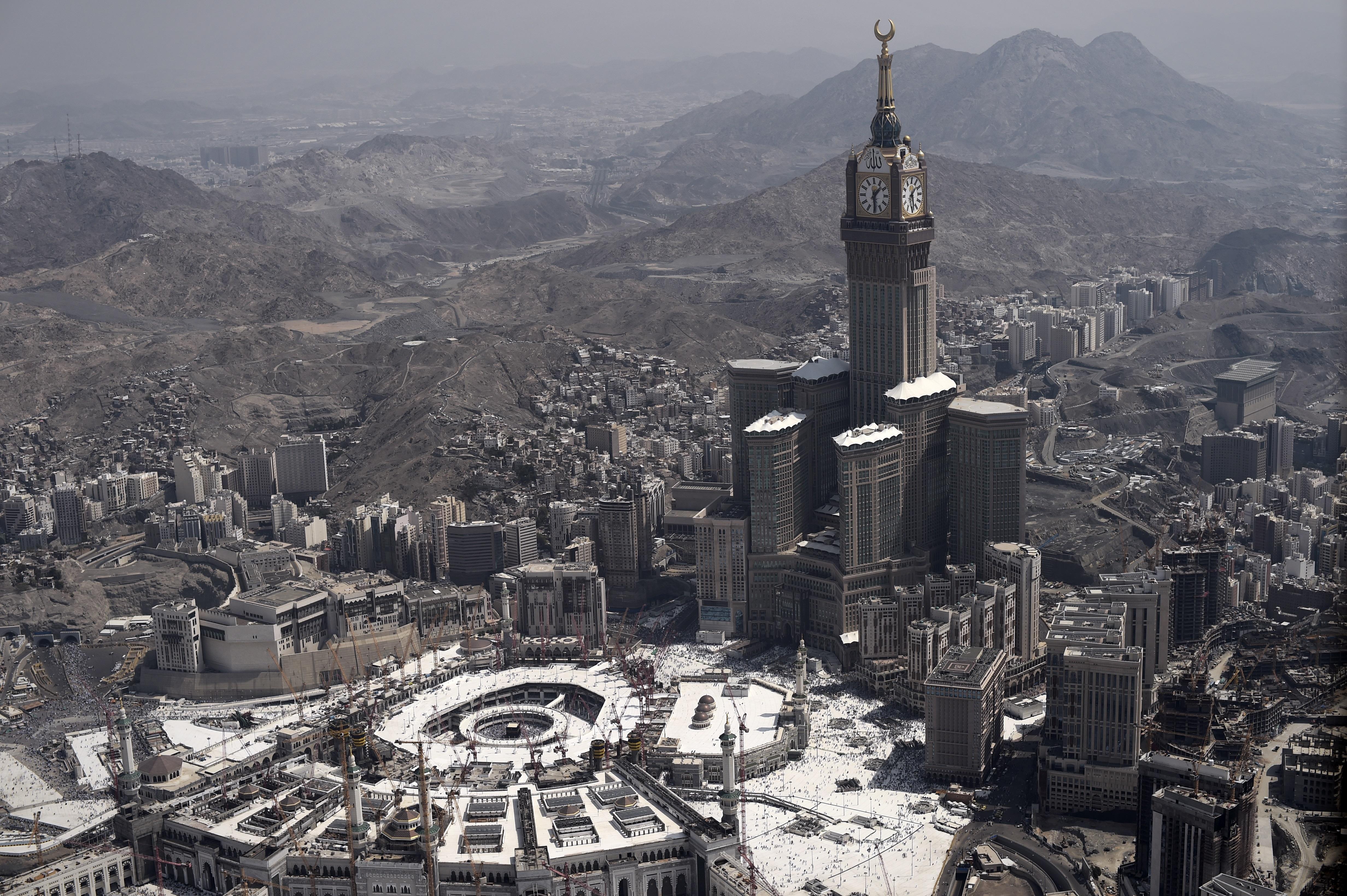 latest pics of makkah