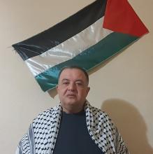 Muhammad Walid, de Jérusalem, estime que son keffieh représente la lutte palestinienne (Muhammad Walid)