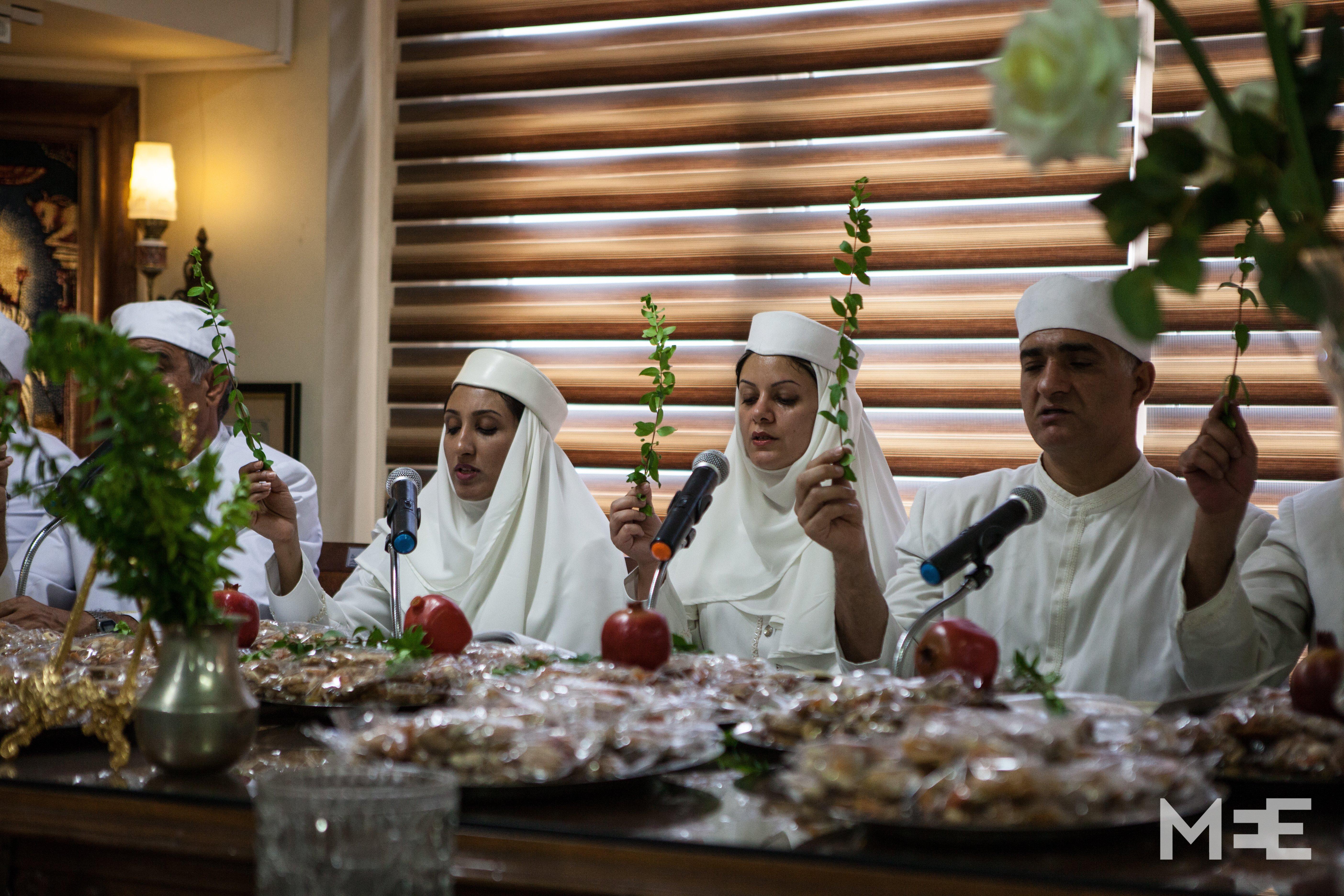 The Zoroastrian Priestesses Of Iran Middle East Eye