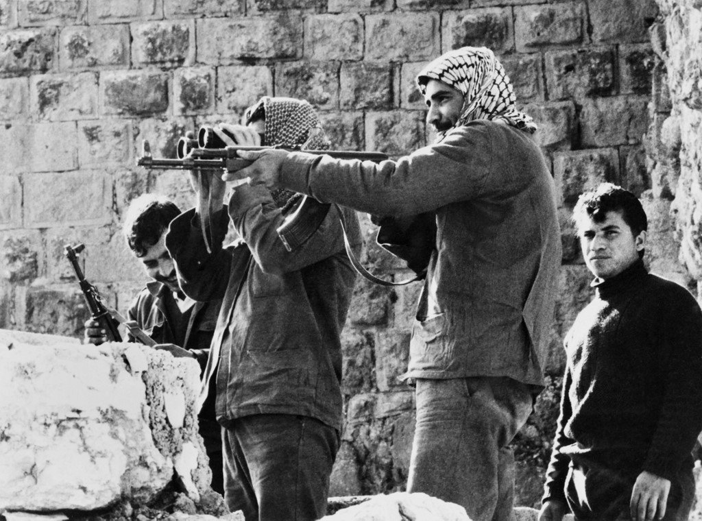 Palestinians fedayeen keep a watch on the surroundings of the Ajloun castle where they have taken up position, on 22 December 1970 (AFP)