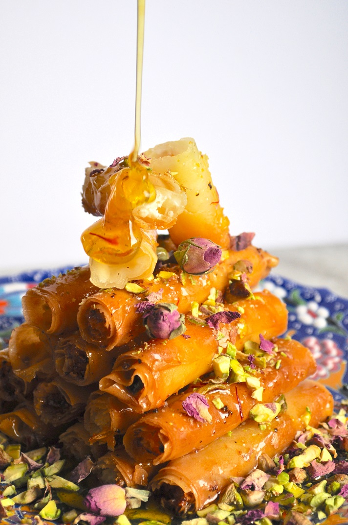 How to make asabe zainab, a deep-fried pastry from Oman | Middle East Eye