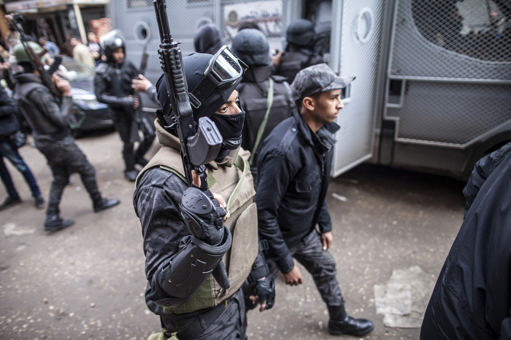 Egyptian special forces patrol streets in southern Cairo in 2016 to head off potential protests against Sisi's government (AFP)