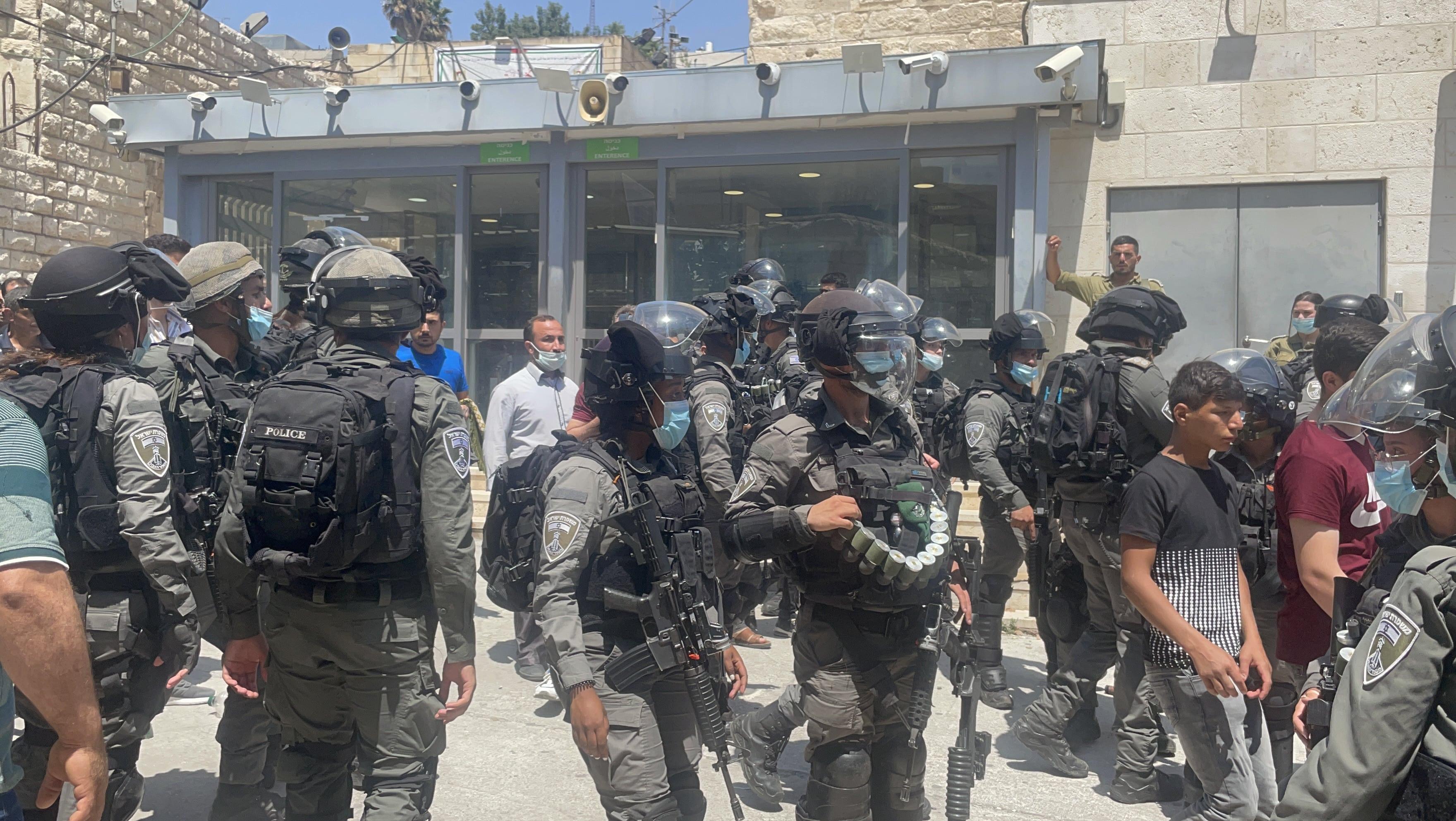 Israeli soldiers Hebron