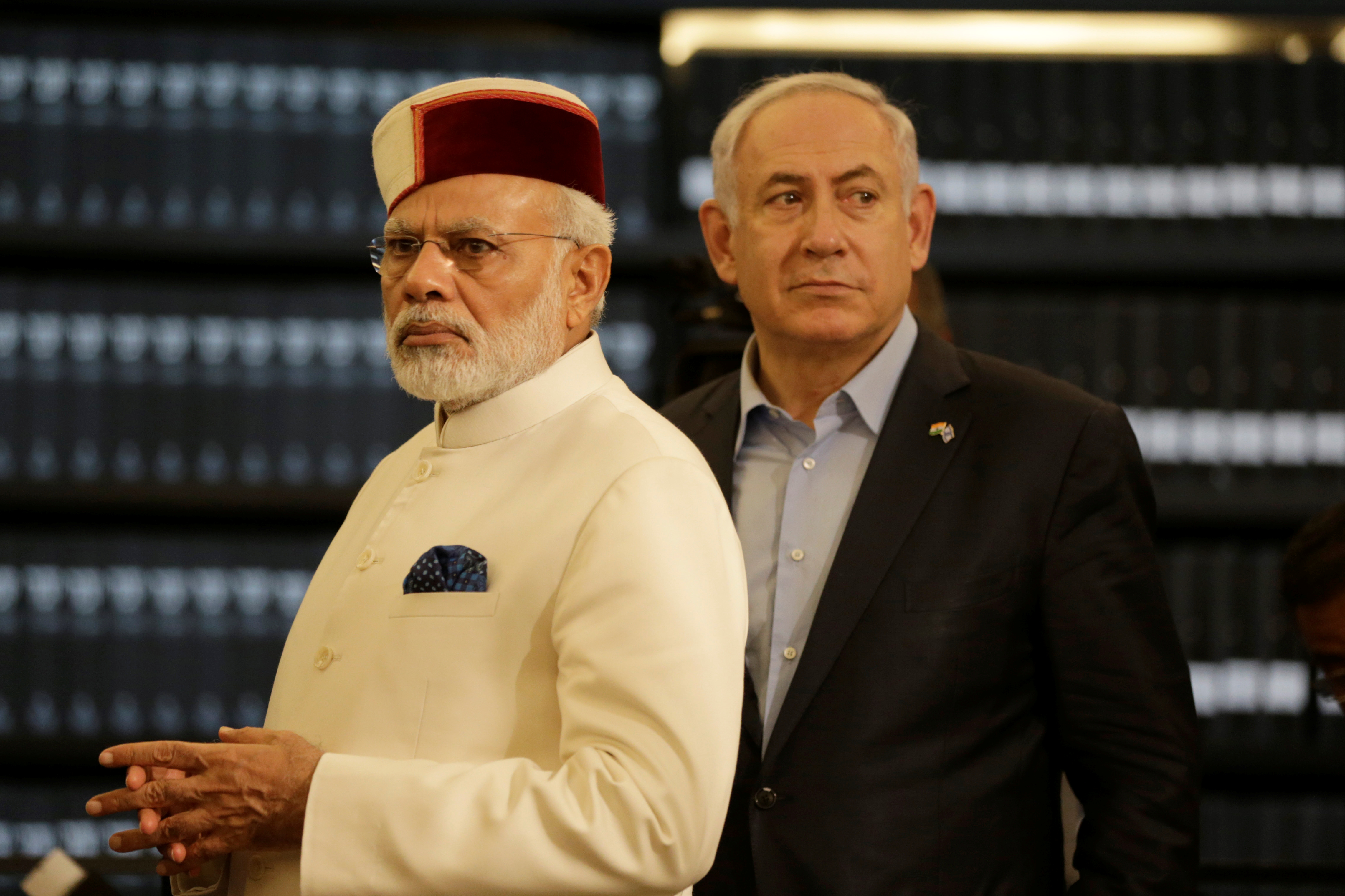 Indian Prime Minister Narendra Modi accompanied by Israeli Prime Minister Benjamin Netanyahu (R) during a visit to Yad Vashem Holocaust memorial in Jerusalem on 4 July, 2017 (Reuters)