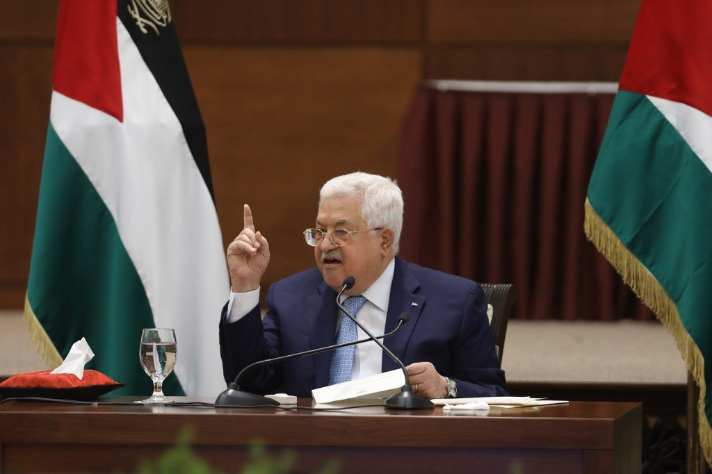 Palestinian President Mahmoud Abbas issued a decree calling for elections (AFP/file photo)
