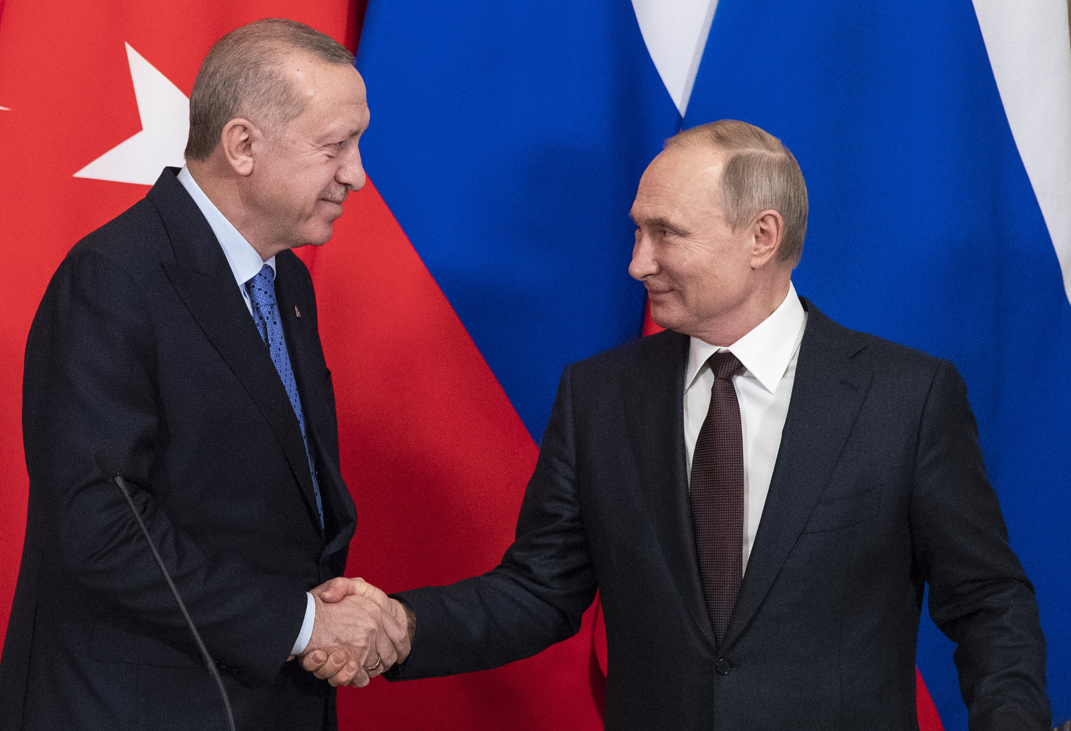 Turkey, Russia announce Idlib ceasefire from midnight