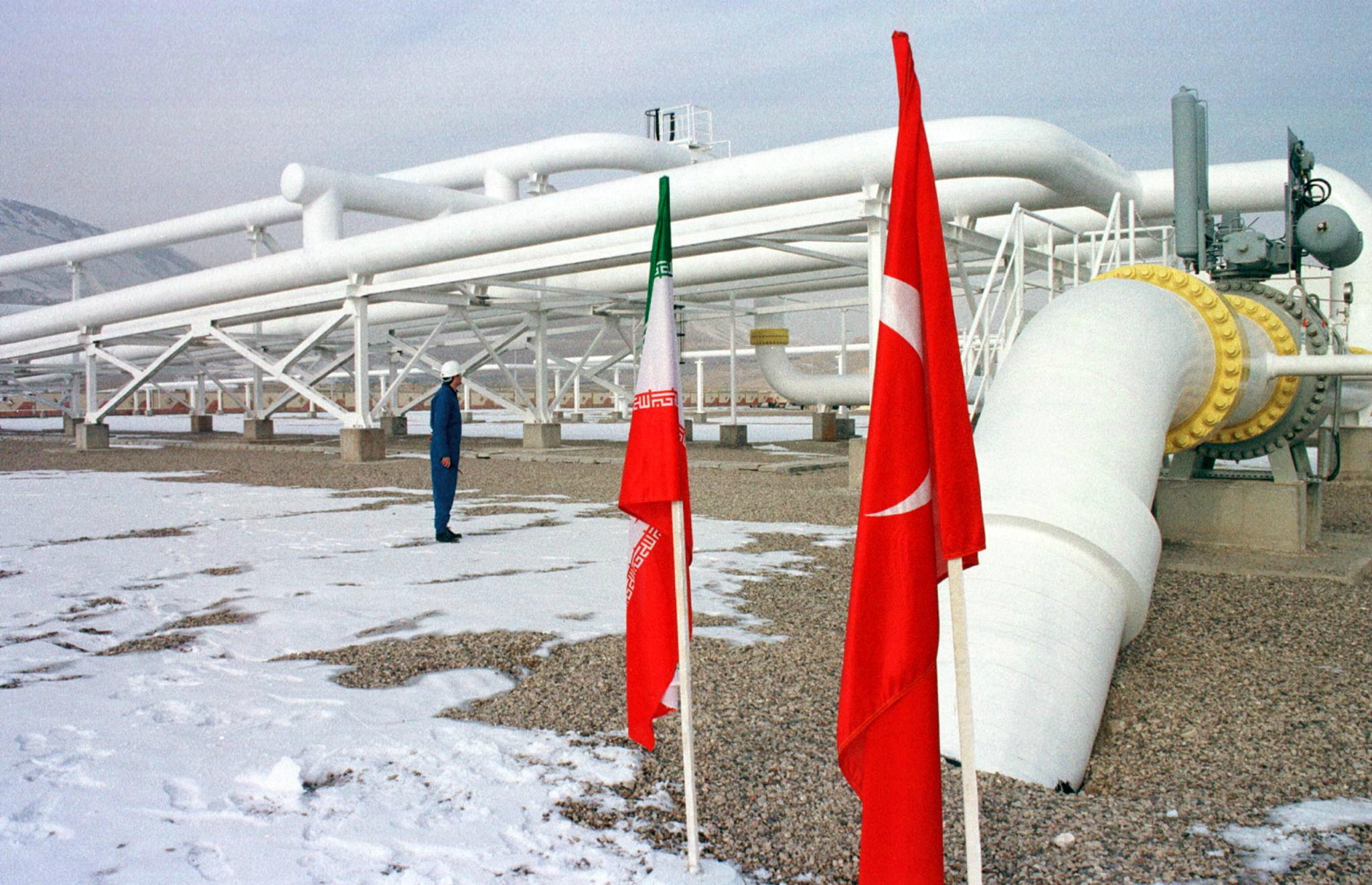 EKSPLOZIJA I POŽAR NA PLINOVODU! Iran tvrdi da je napad terorista zaustavio izvoz plina u Tursku!
