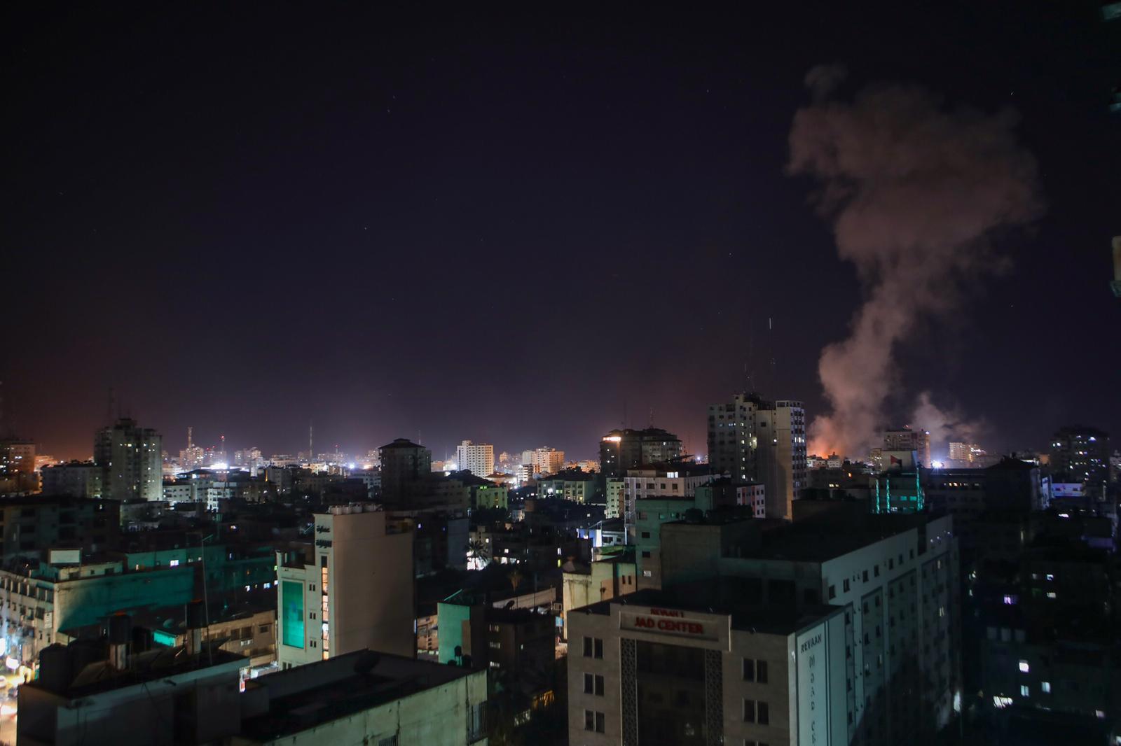 Israeli army strikes several targets in Gaza | Middle East Eye