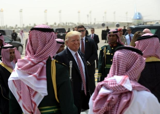 Trump says loathe to cut arm sales, even if Saudis killed Khashoggi