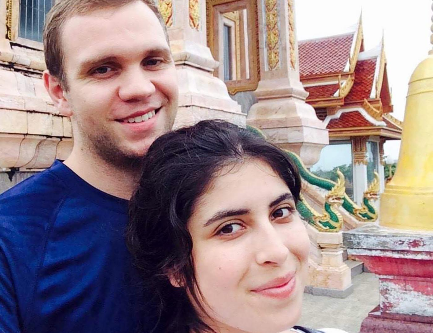 British student Matthew Hedges (L) and his wife Daniela Tejada posing while on holiday in Thailand (AFP)