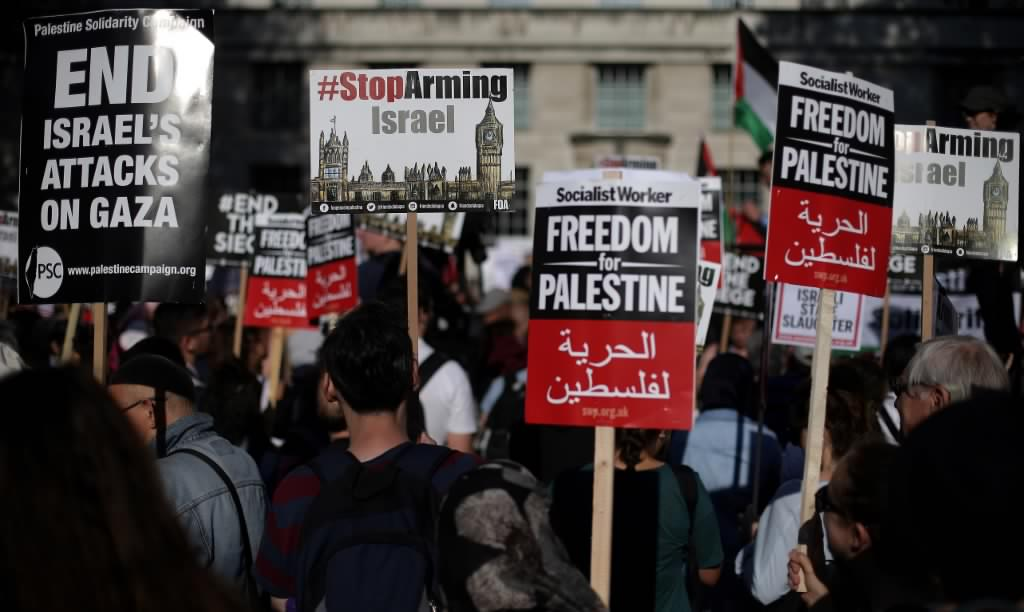 Pro-Palestine demonstrators protest in central London in 2018 (AFP)