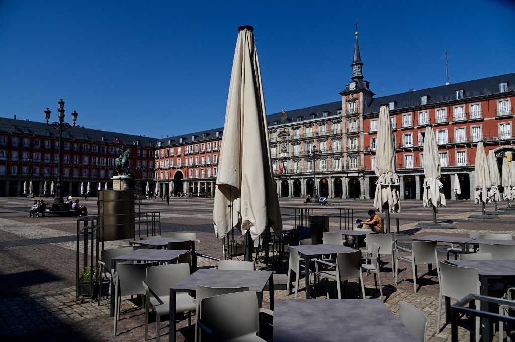 Restaurant terraces remain closed in central Madrid on 14 March (AFP)