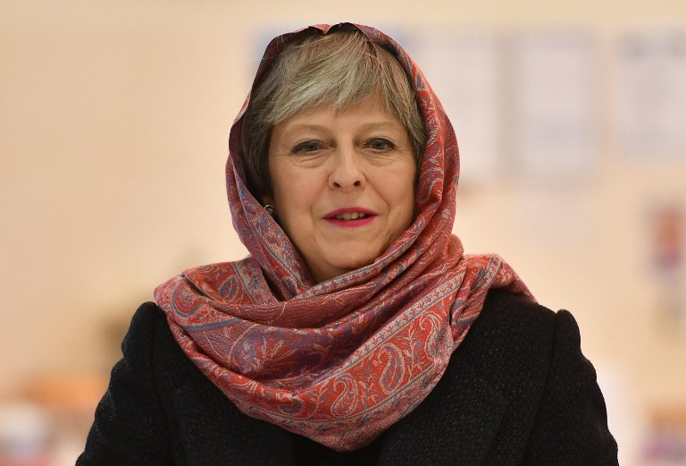 Britain prepares for war in Syria as May seeks cabinet approval