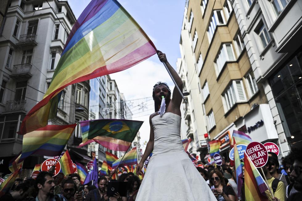 Istanbul Pride Celebrated Despite Ban