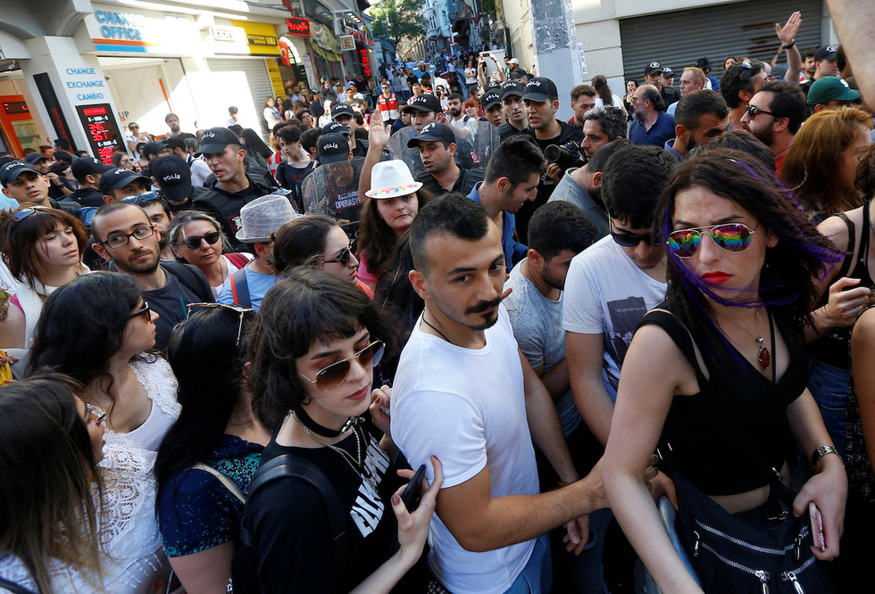 Istanbul Gay Pride march hit with tear gas and rubber bullets following ban