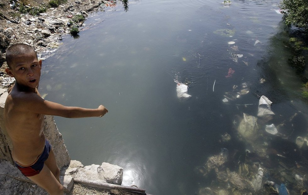 Arabic Press Review: Polluted river leaves 20 percent of Lebanon at risk of cancer
