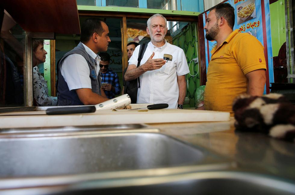 Jeremy Corbyn visits refugee camp in Jordan, calls on UK to do more