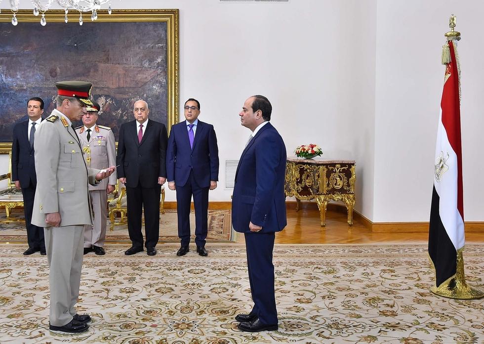 Egypt's Sisi reshuffles key government posts