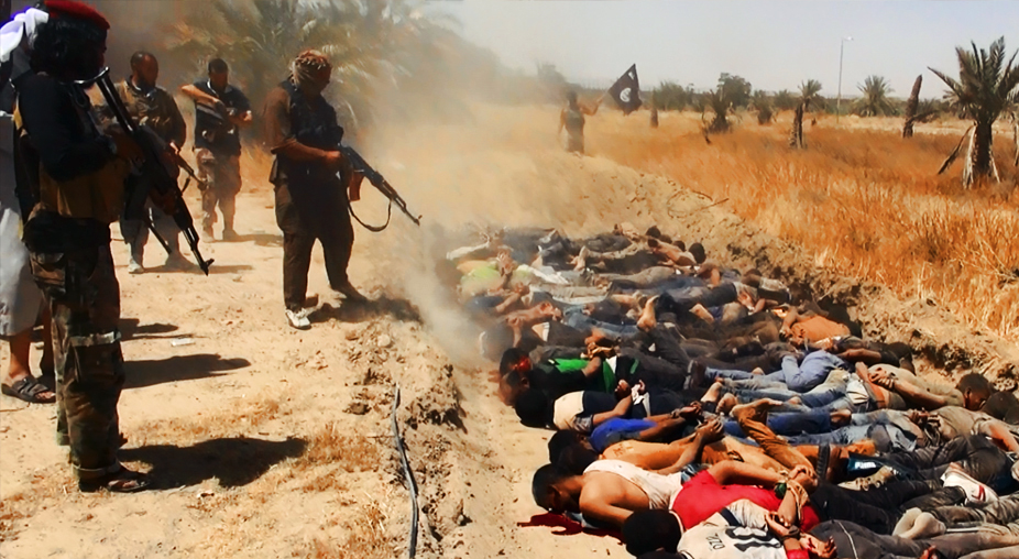 Photos Show Mass Execution Of Shia Soldiers By ISIL In