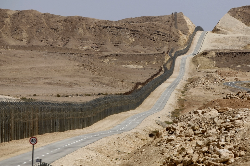 Top US official eyes Israel's Egypt border for Trump wall ideas