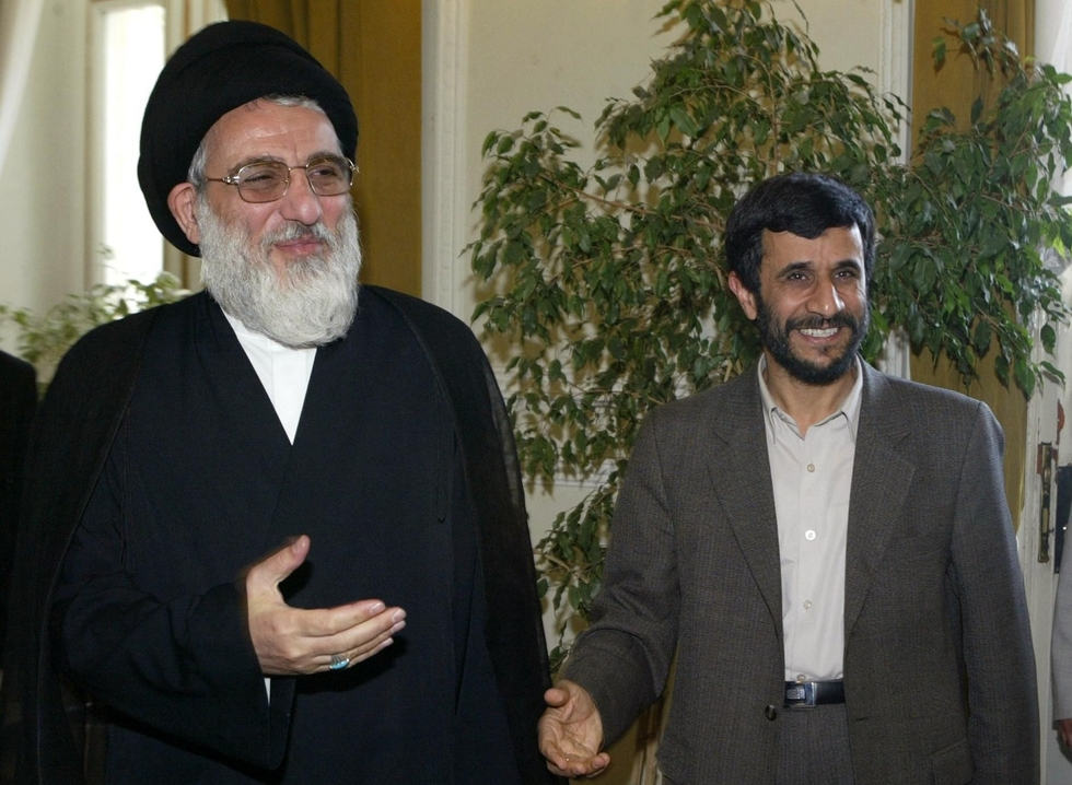 Top Iranian cleric Shahroudi dies at 70