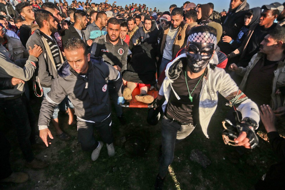 Palestinian woman shot dead by Israeli army during Gaza protests