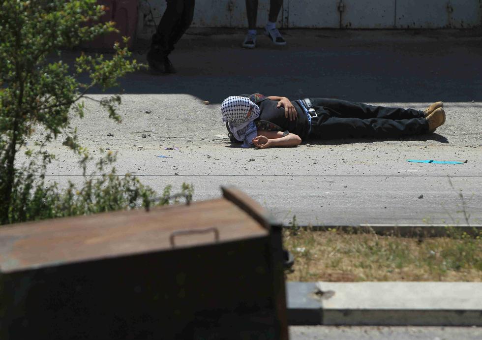 Israeli officer jailed for nine months for killing Palestinian teenager