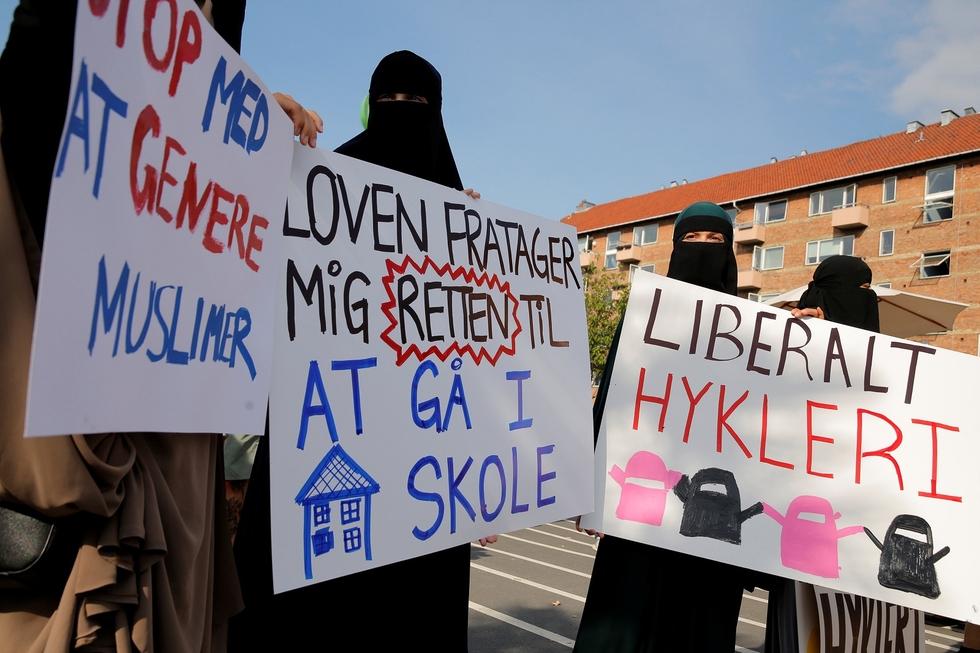 Ten European countries that restrict religious attire for Muslim women