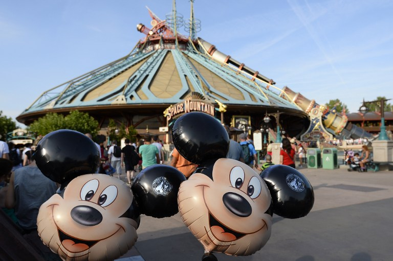 expanding disneyland in egypt essay Hong kong disneyland park is the smallest of the world's disneyland resorts with an area of about 11 square kilometers or about 280 acres.