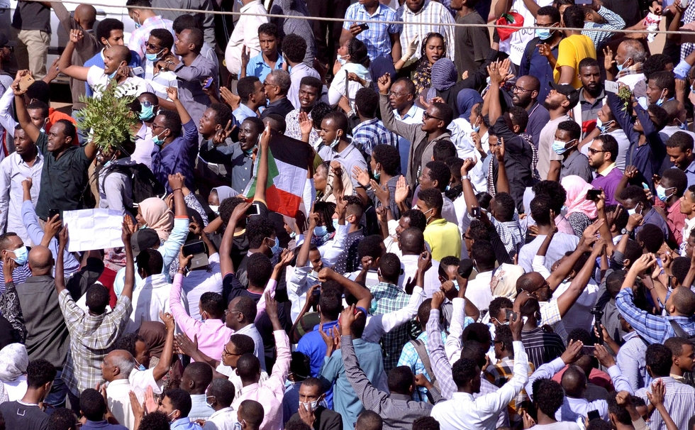 Sudan: More than 800 protesters have been arrested, minister says