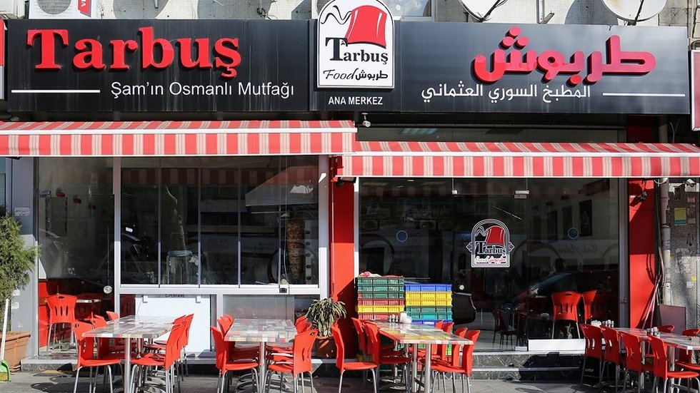 Syrian refugee fights Turkish order to tear down Arabic restaurant signs    Middle East Eye édition française