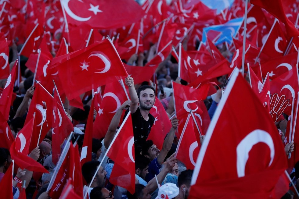 Turkey approves controversial security law