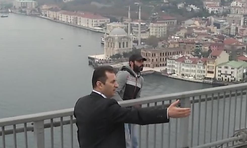 turkey u0026 39 s president stops man on bridge from committing