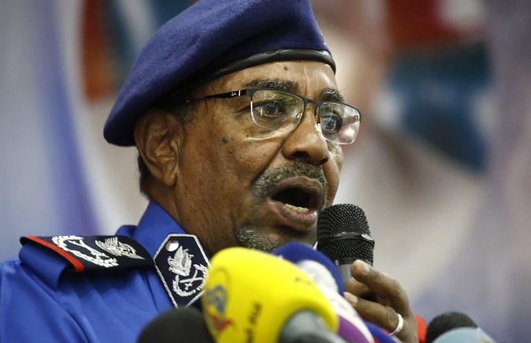 Sudan protesters plan Sunday march as Bashir sacks health minister