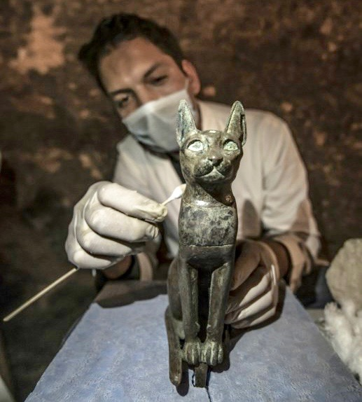 Egypt cat statues, mummies discovered at site dating back 6,000 years