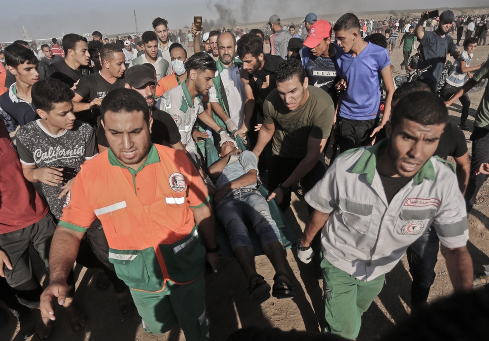 Palestinian medic in Gaza shot dead by Israeli forces