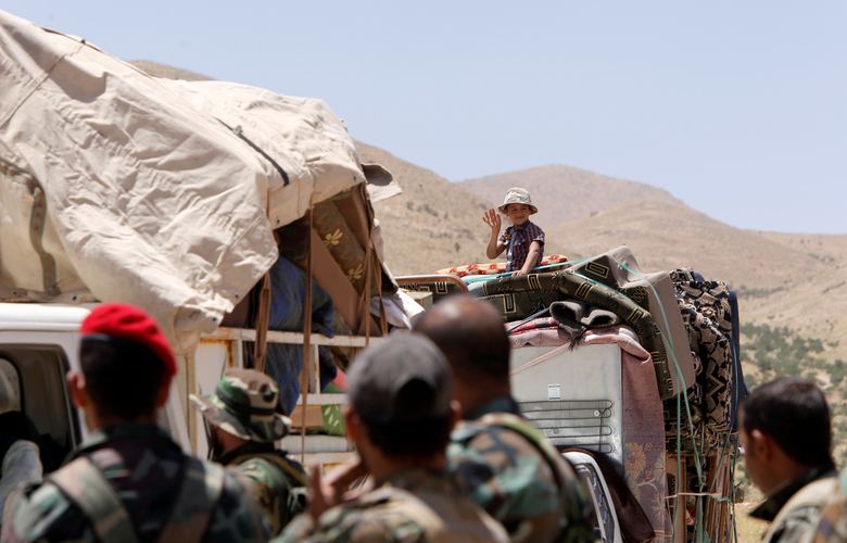 Syrian refugee group returns from Lebanon