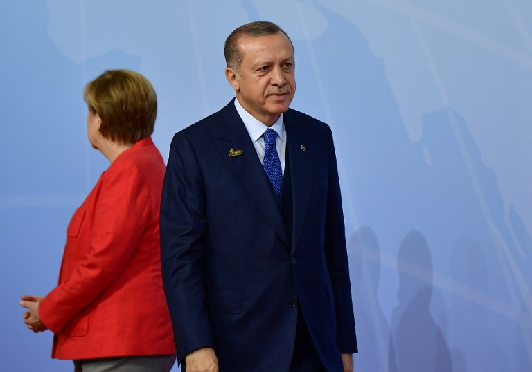 Germany demands explanation from Turkey over school closure