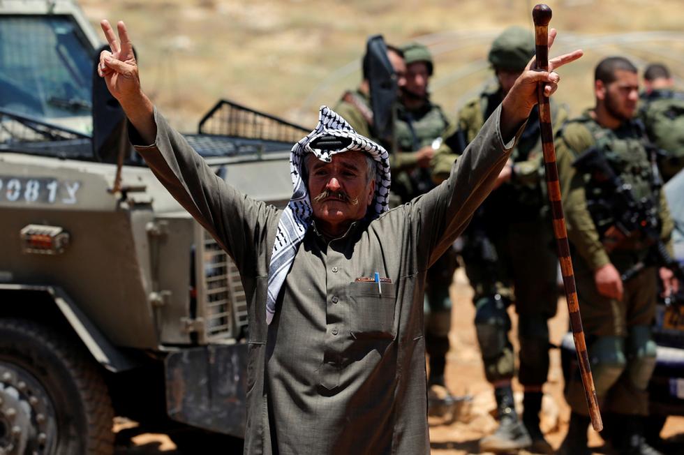 UK court backs local council over ban on Israeli settlement goods