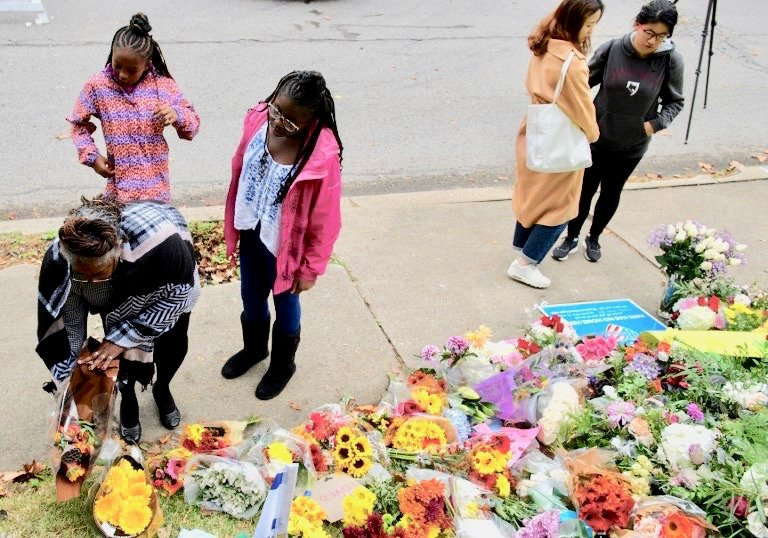 US Muslim groups raise tens of thousands for synagogue shooting victims