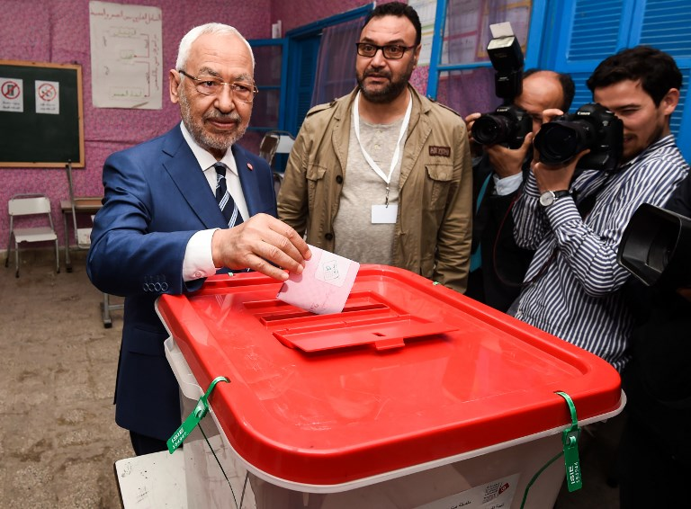 Tunisians vote in first free municipal elections