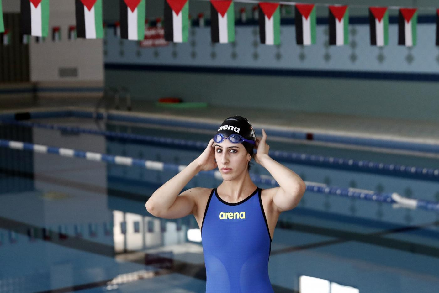 Palestinian Swimmer Overcomes Odds To Make A Splash At Rio Olympics Middle East Eye