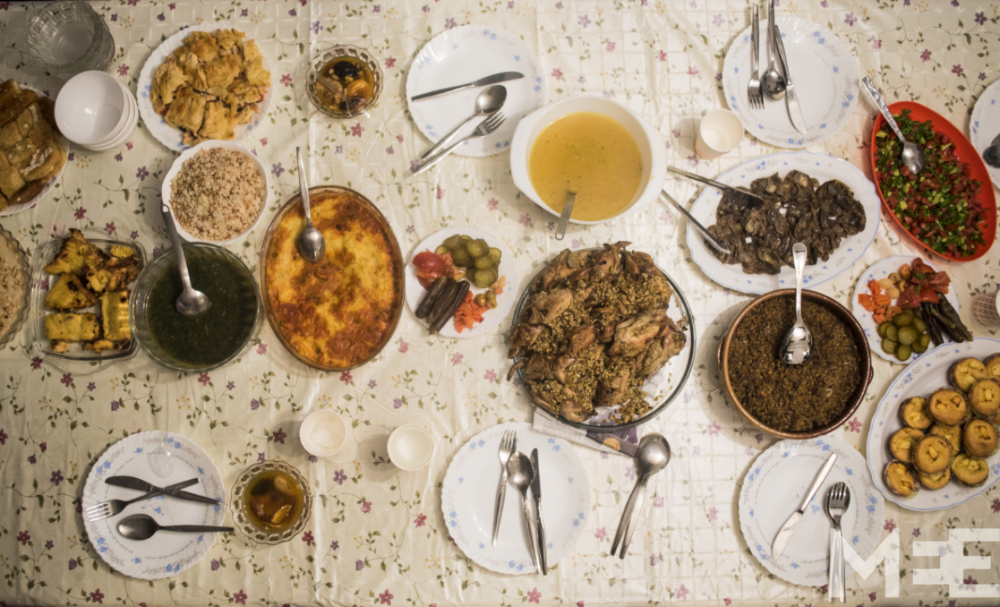 Egypt S Iftars A Time For Community But Also Division Middle East Eye