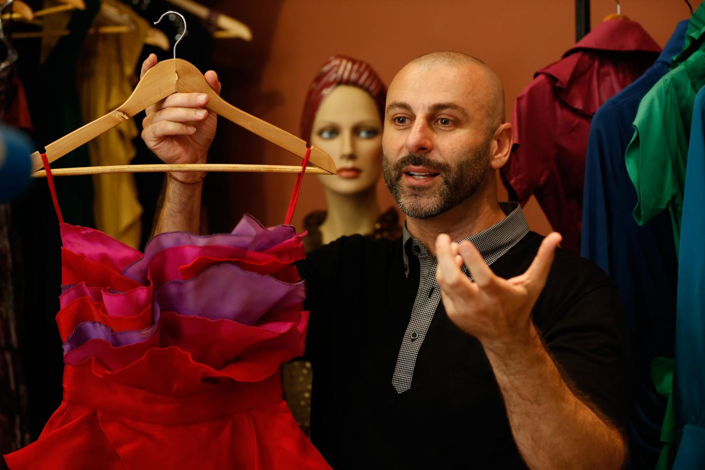 Palestinian Designer For Rich And Famous Pops Up In West Bank Middle East Eye