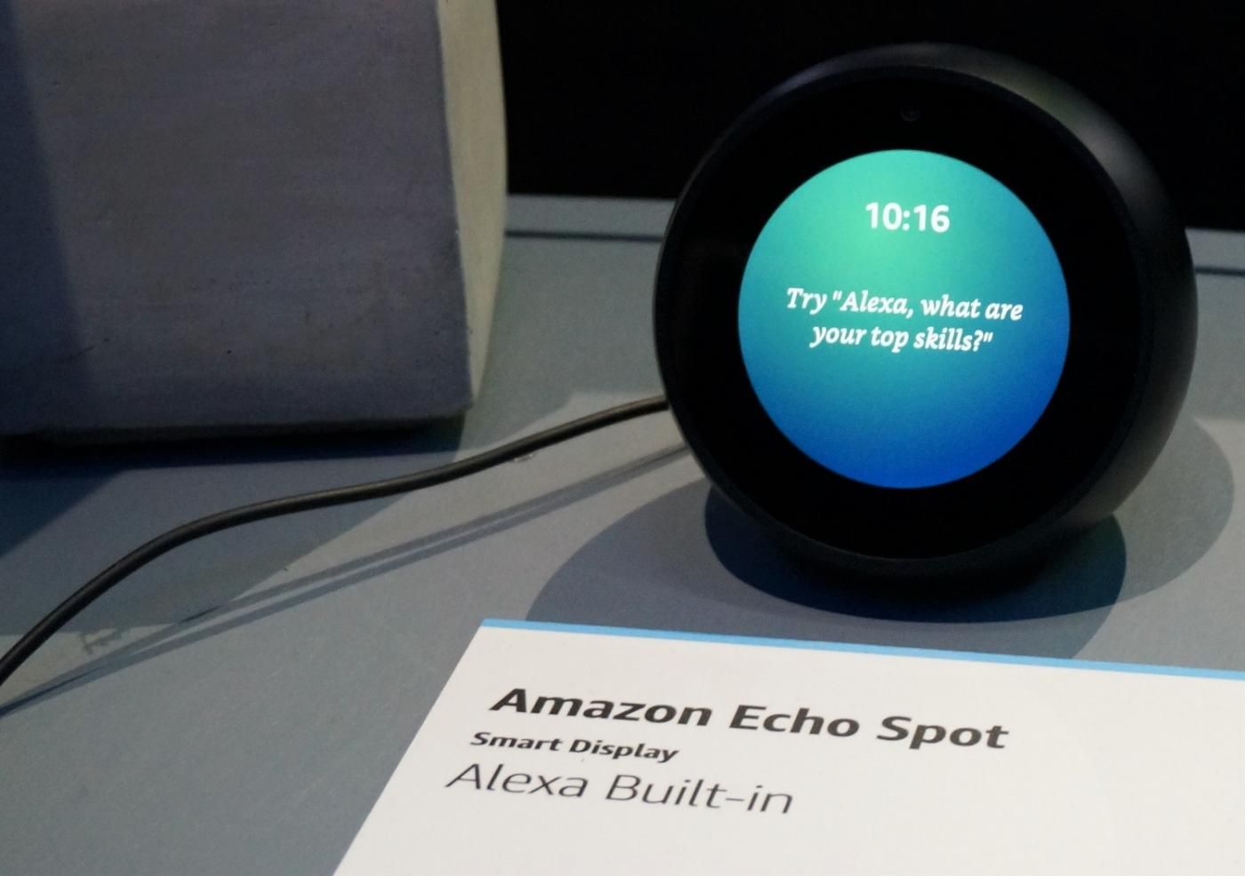 Alexa Amazon Echo Spot